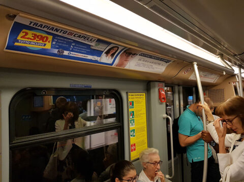 Tunnelbaneannons / Milano, Italien